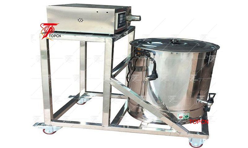 Semi automatic magnetic pump candel hot wax filling machine
